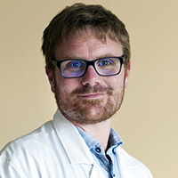 Dr DAMIEN DENES