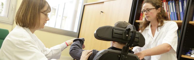 consultation au centre de maladies neuromusculaires
